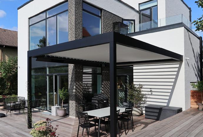 overdækket terrasse med glastag